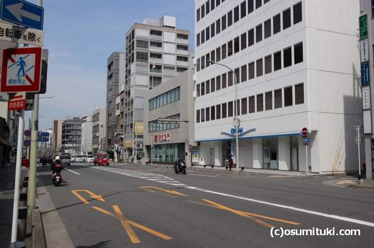 ホテル ザ・ビー 四条があるのは阪急京都線「大宮駅)出て徒歩2分の場所です