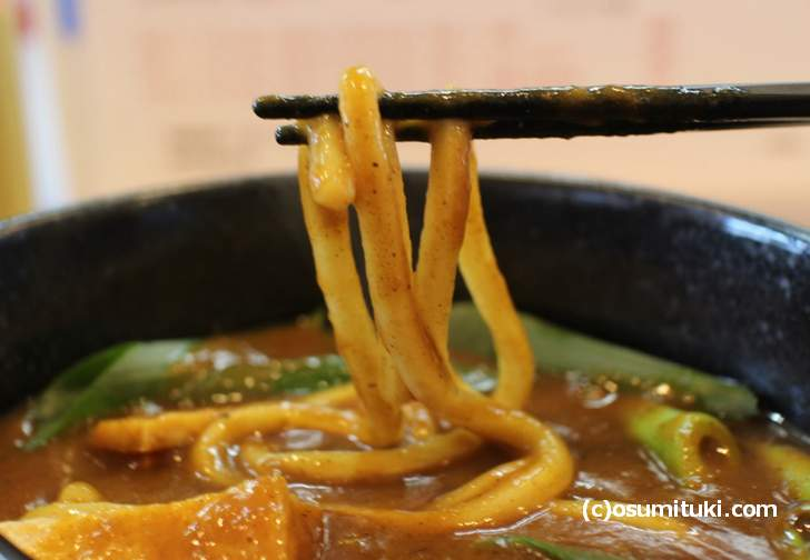 うどん・そば一休庵's の麺は太麺を使っていました