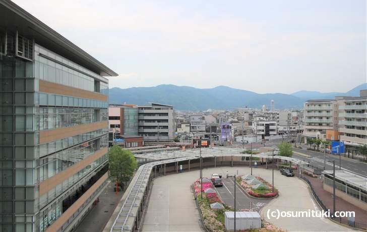 京都市街からも近い嵐山方面の山並み(西山)