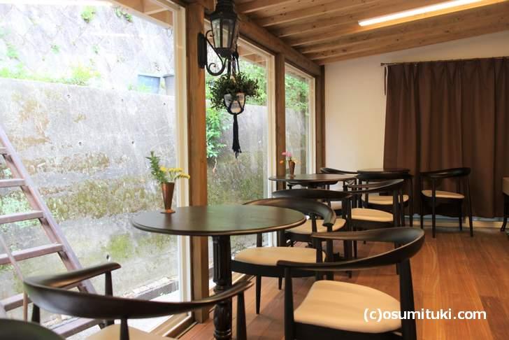花と果樹の東山ガーデン、テラス席もあります