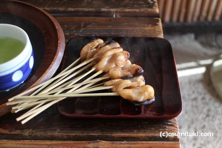 荒井博さんも食べた日本最古の和菓子「一和(一文字屋和輔)」あぶり餅