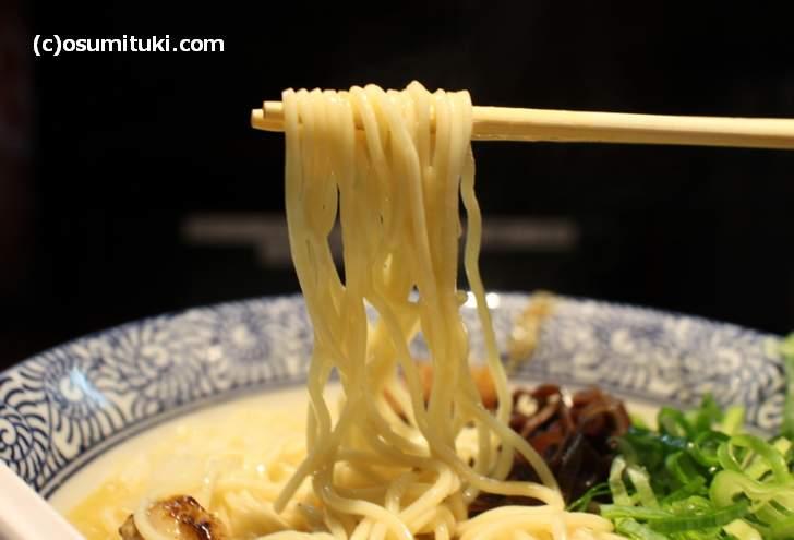 麺は京都・伏見の銘水を使ったもの