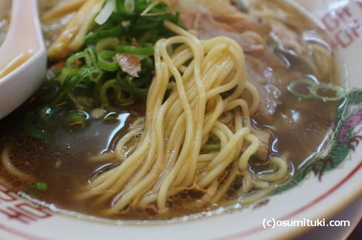 麺は近藤製麺、京都ラーメンといえばの麺です