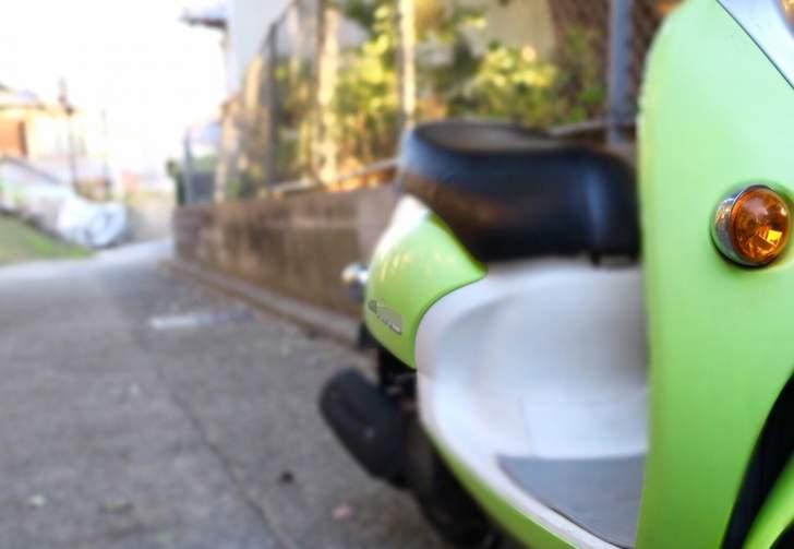 京都の路地もスクーターでラクラク調査