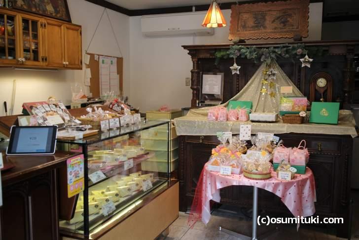 クッキー専門店「烹菓(ぽうか)」ノスタルジック感のある店内
