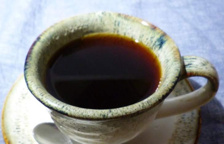 カフェと陶器の店「カフェ&うつわ ごとごと」が『人生の楽園』で紹介