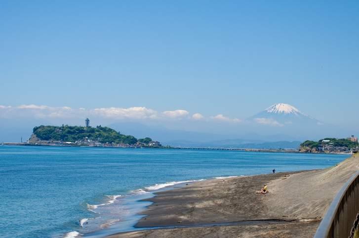 2018年7月9日午前中、江ノ島東浜海岸でタモリさんが『ブラタモリ』らしき撮影ロケ