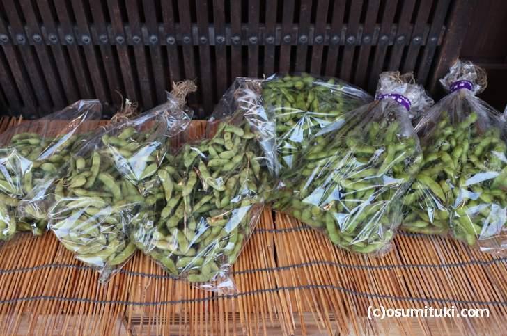 夏になると京都では「黒枝豆」がよく売られています