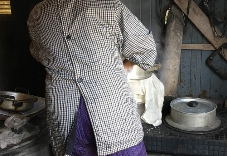 田舎ではお湯を茹でてから畑に枝豆を取りに行けと言われています
