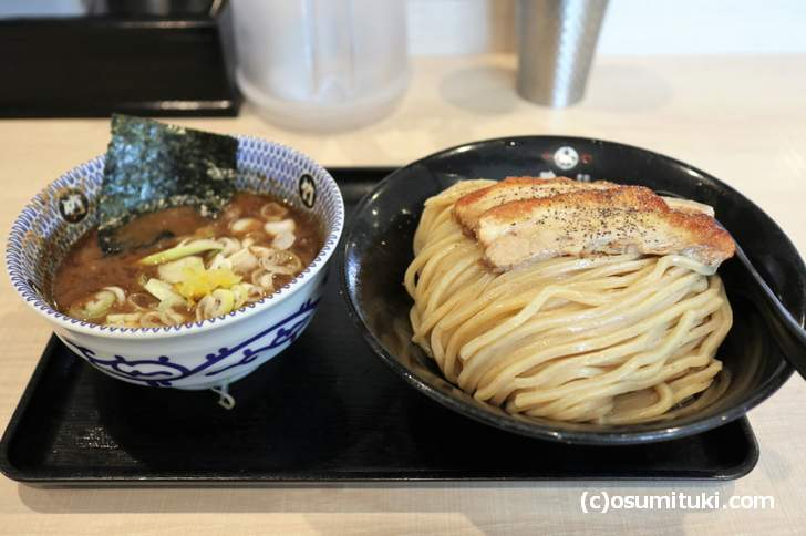麺屋 たけ井の名物「魚介つけ麺」