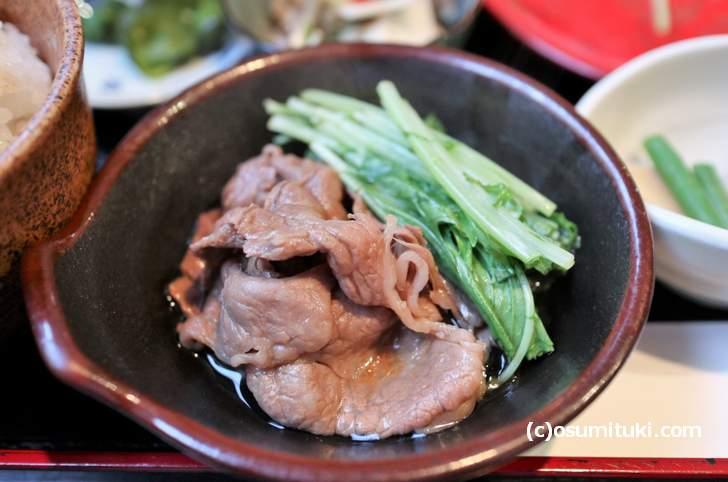 関西名物「はりはり鍋」は水菜と肉を使った鍋です