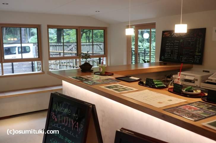 貴船神社(きふねじんじゃ)近くにカフェ「古今藤や(こきんふじや)」が新店オープン
