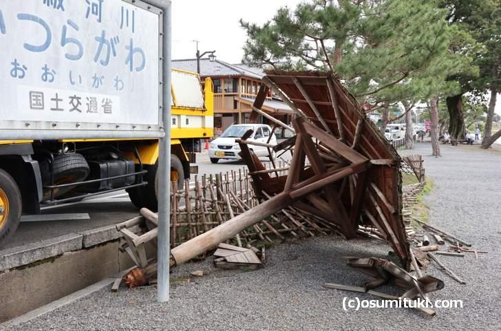 京都・嵐山、桂川沿いでは倒木などが目立ちます(2018年9月5日撮影)