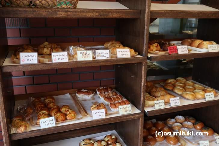 ベーカリー柳月堂のパンは昔ながらの柔らかいイーストパンです