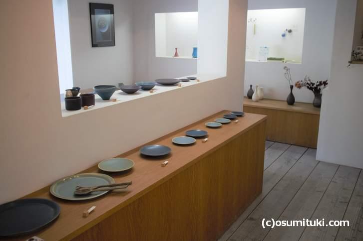 トキノハさんでは現代で使いやすい清水焼の食器を多く扱っています