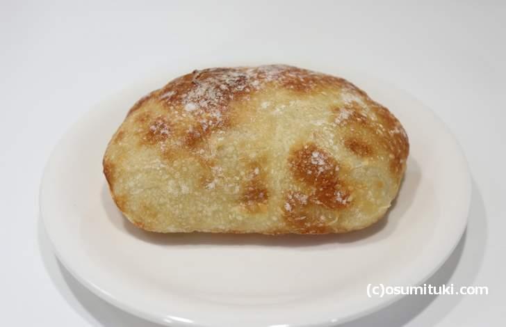 チャバタは新しくレパートリーに加わったパンです