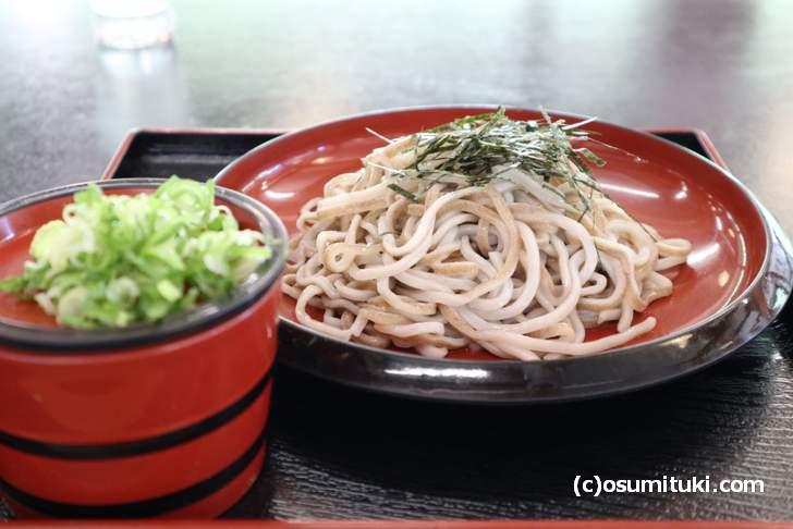 熊川宿の新名物「うそば」見た目はスルメっぽい