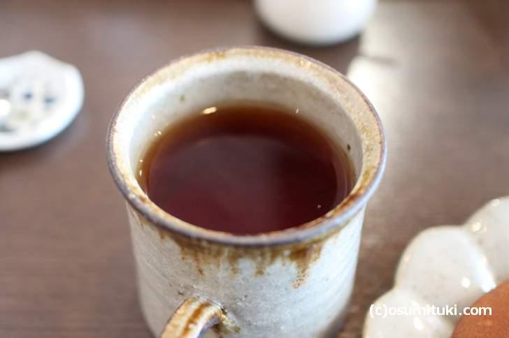 ドリンクは5種類「コーヒー、和紅茶、有機煎茶、有機ほうじ煎茶、おうす(抹茶)」