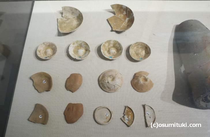 南池から見つかった出土器(土師器皿)
