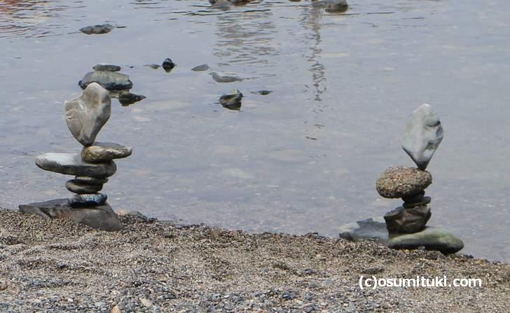 この奇跡のバランスで積まれた石が『ナニコレ珍百景』で紹介されるそうです