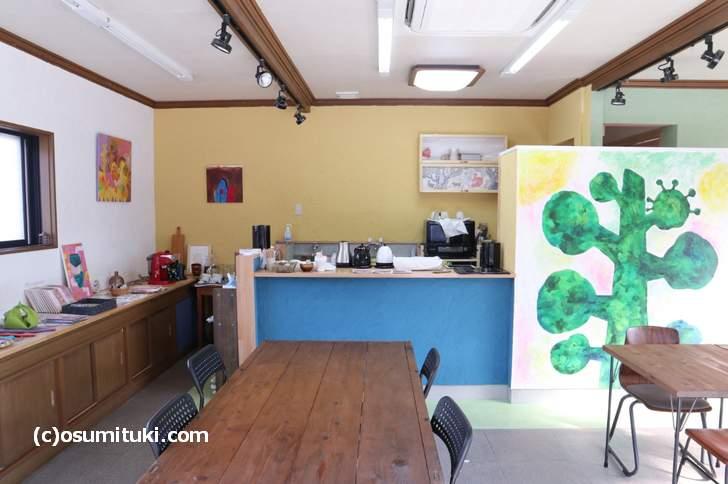 とっても開放的で明るく入りやすいカフェです(金閣寺 galerie terre plus cafe)