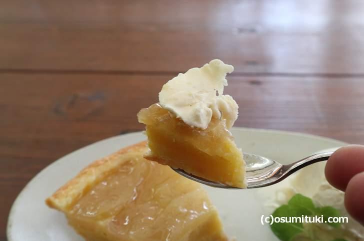 タルトはアイスクリームでいただきます(galerie terre plus cafe)