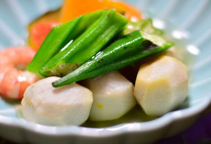 海老芋(えびいも)と他府県の「京芋」は別物です