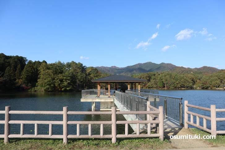 三段池も大きな池で絶景です(福知山市)