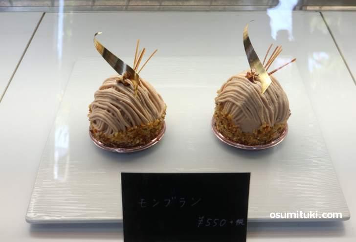 店頭に並んだケーキはテークアウトも店内飲食も可能です(北野ラボ)