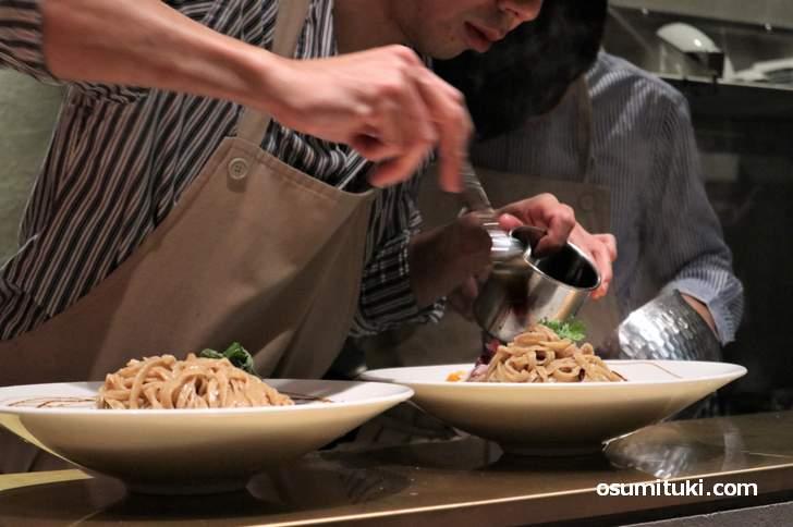 東山区のラーメン注目新店は「麺麓 京都祇園店 🦆🍜」