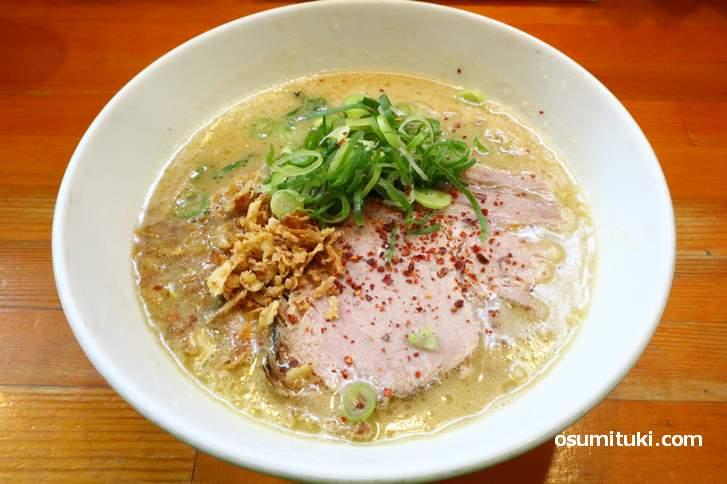 ラーメンこんじき 醤油鶏白湯ラーメン(750円)