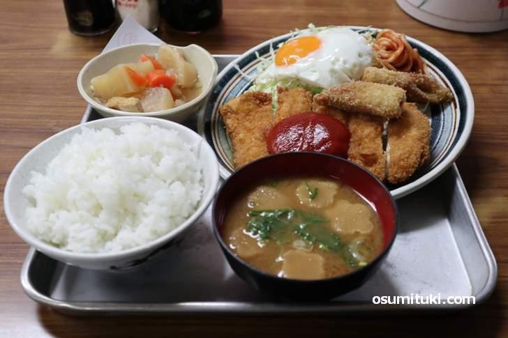 丸二定食(日替わり)580円