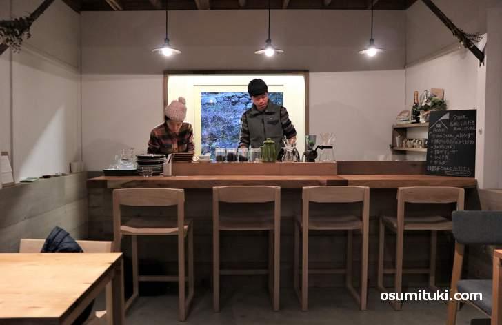カフェ「山道具とごはん 麓-ROKU」は山好きのためのカフェです(掲載許可済)