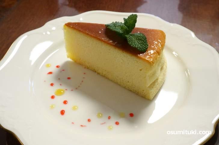 本日のケーキ「チーズケーキ」(中小路家住宅)