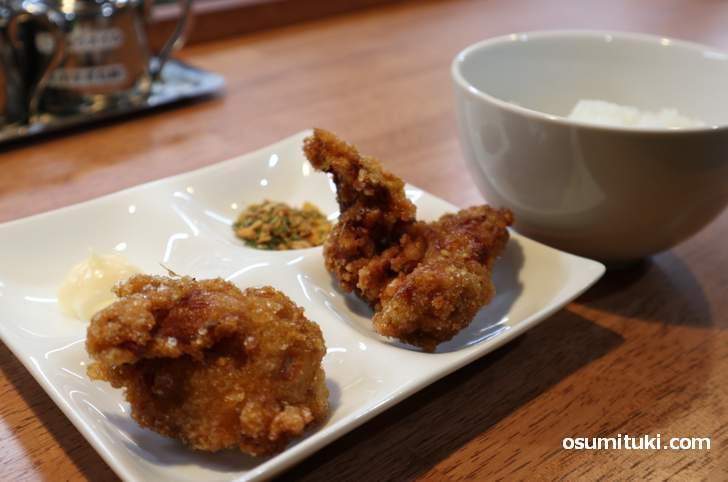 唐揚げライスセットは美味しい(300円)