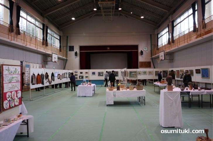 当尾の人たちが作った工芸品の展示などもあります(当尾文化祭)