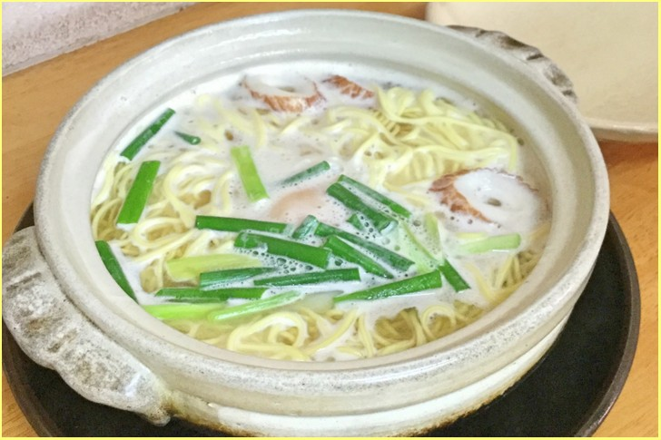 高知県須崎市といえば名物「鍋焼きラーメン」