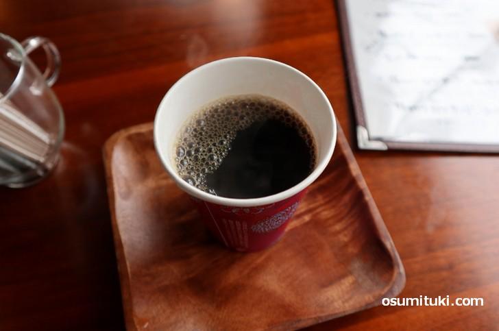 コーヒーは330円、気楽に入れるようにという配慮です