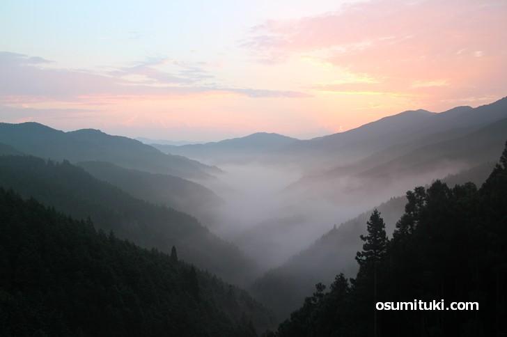 龍神村へ向かう途中の山奥から見た雲海(高野スカイライン)