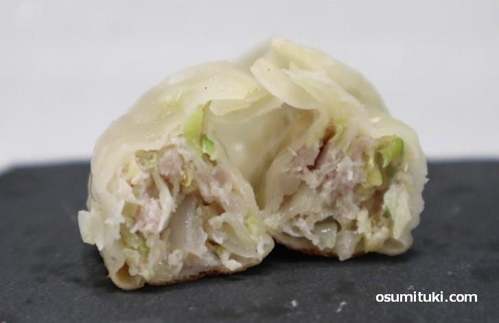 国産野菜と京都ポークが具材(夷川餃子なかじま)