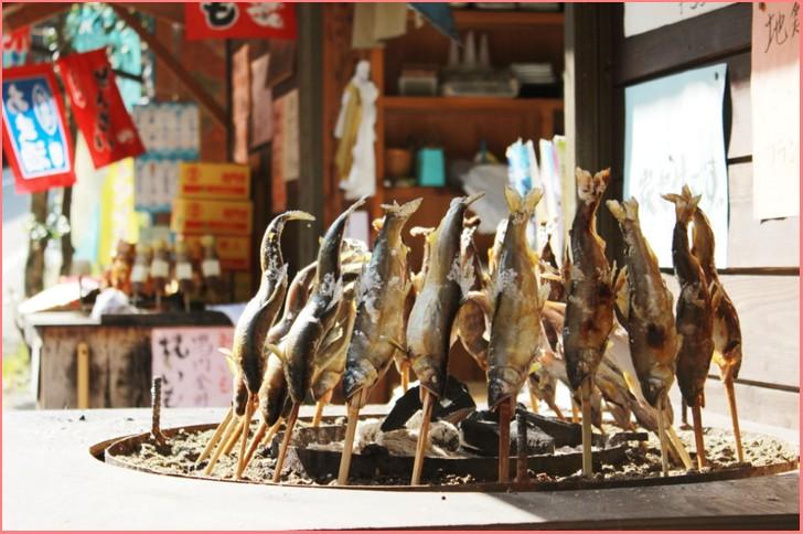 昔から徳島県内で食べられてきた郷土料理「でこまわし」