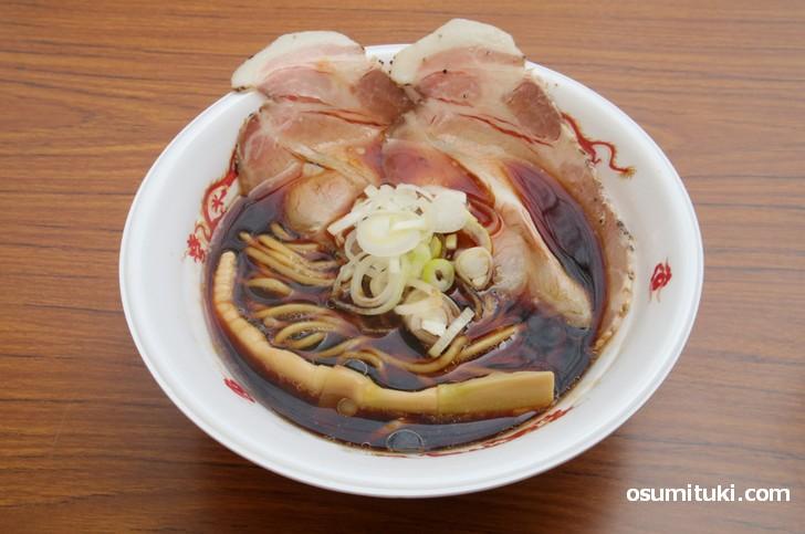 黒竹ラーメン(500円)