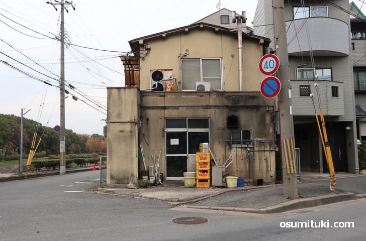 2018年8月頃に閉店した「ラーメン名門 勧修寺店」