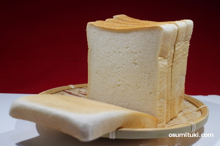 毎日食べてもカラダにやさしいパン