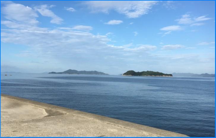 笠岡市から瀬戸内海の「北木島」を望む、シャコはここで水揚げされています