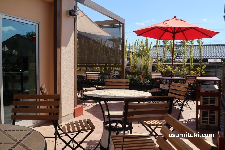 金閣寺エリアにテラス付きカフェが新店オープン!