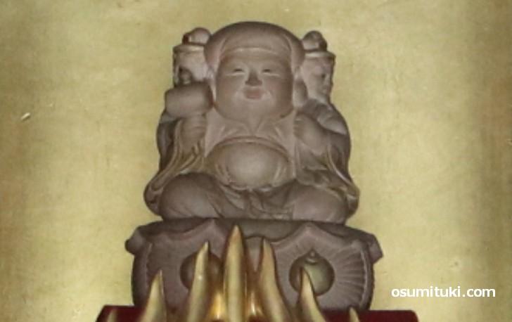 京都のお寺に眠る秀吉の秘宝「三面大黒天」