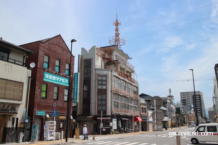 滋賀県長浜市で千葉県のご当地グルメ「ホワイト餃子」が食べられるらしい