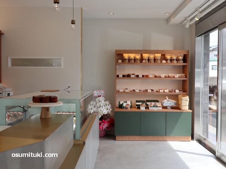 2019年5月1日に今出川新町で新店オープンしたケーキ店「LAMARCK (ラマルク)」