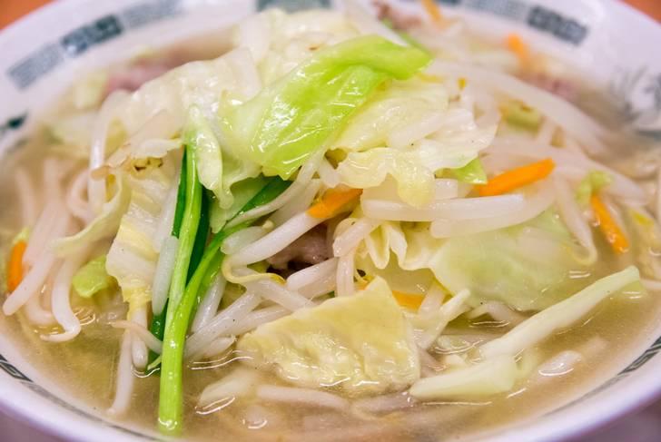 白濁したスープは旨味たっぷり「タンメン」